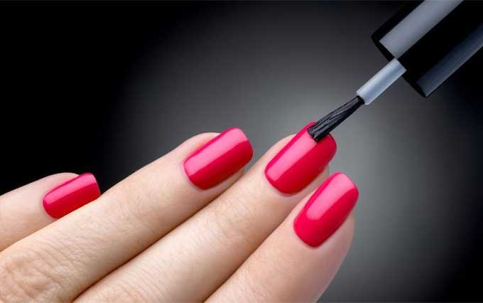 What to Expect From a Nail Salon Service
