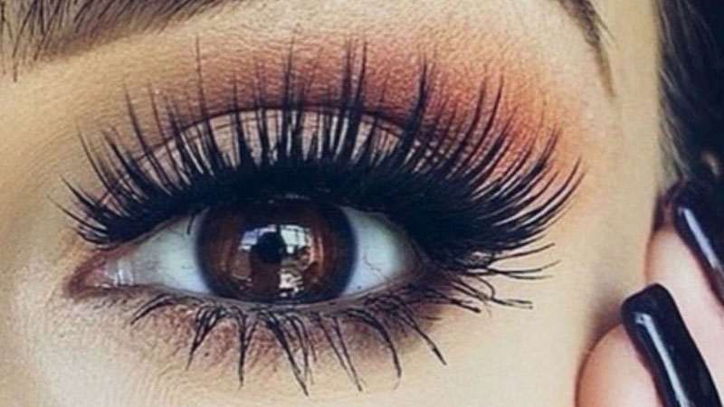 6 Things I Wish I Knew Before Getting Eyelash Extensions